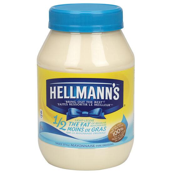Hellmann's Light 1/2 Fat Mayonnaise - 890ml