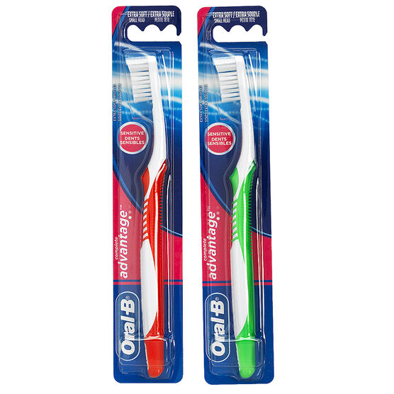 Oral-B Sensitive Advantage Toothbrush - Extra Soft - 35 compact