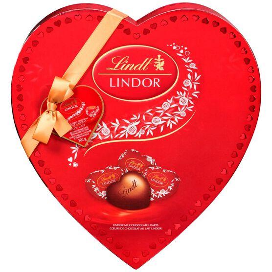 Lindor Amour Milk Chocolate Heart - 202g