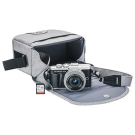 Olympus PEN E-PL9 with 14-42mm EZ Lens