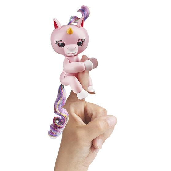 WowWee Fingerling Unicorn - Gemma