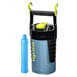 Igloo Professional  with Ice Stick - Blue/Black - 946ml