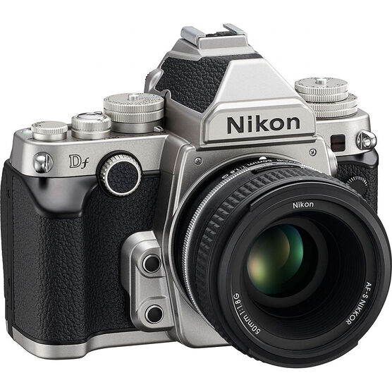 Nikon Df with 50mm f/1.8G Lens