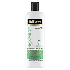 TRESemme Expert Thick + Full Conditioner - 739ml