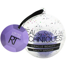 Real Techniques Miracle Beauty Ball Sponge Ornament - 1809