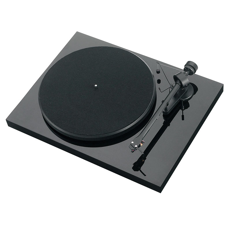 Pro-Ject Debut III Manual Turntable - Black - PJ65180675