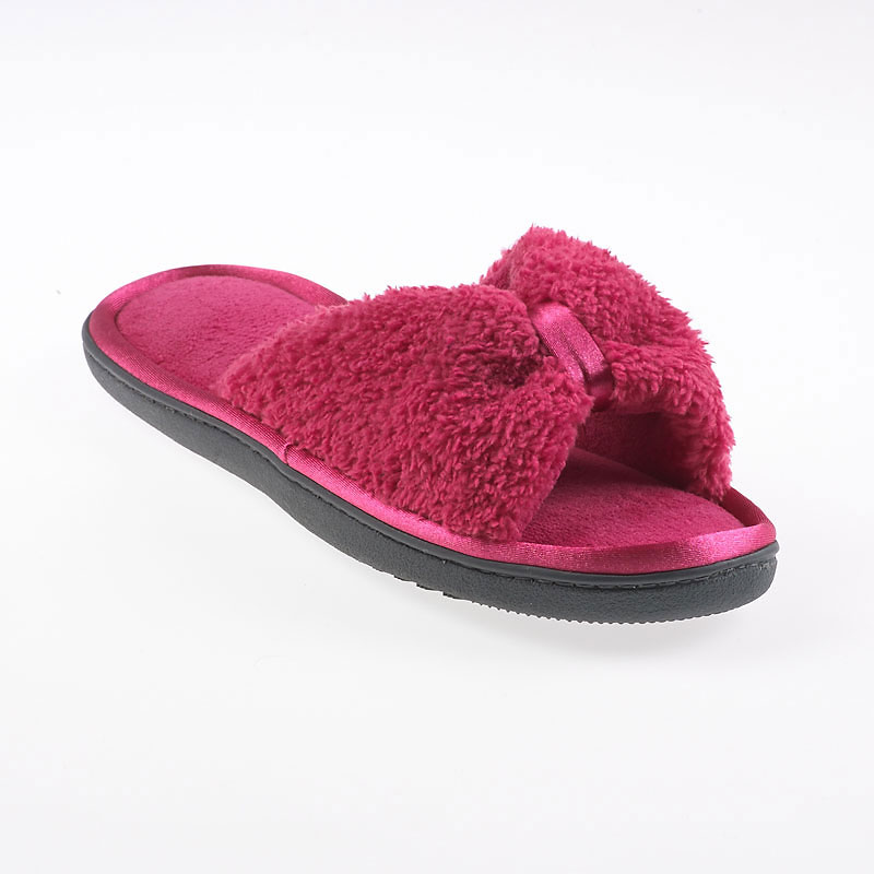 Isotoner ComforSoft with Satin Toe Keeper Slipper