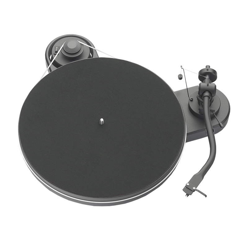 Pro-Ject RPM 1.3 Genie Turntable - Piano Black - PJ71652296