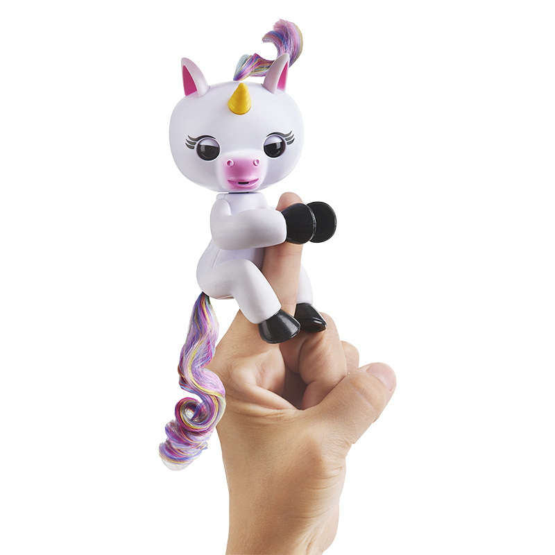 WowWee Fingerling Unicorn - Gigi